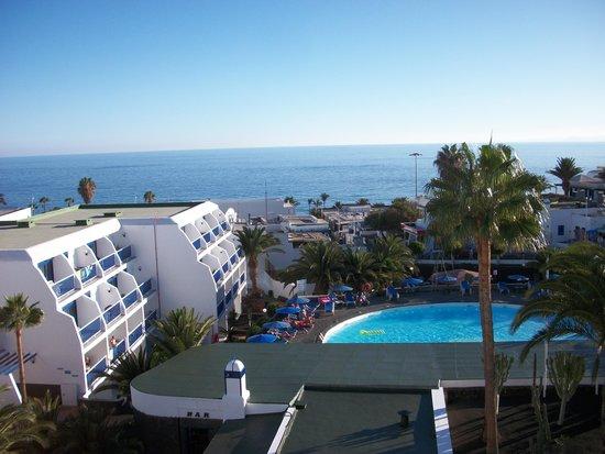 Balcony view from room 501 b picture of ereza - Apartamentos baratos en lanzarote puerto del carmen ...