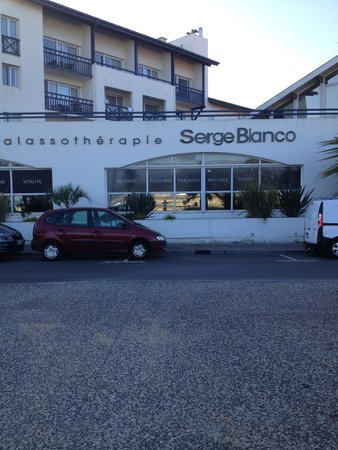 Hotel Serge Blanco & Thalassotherapy Center : vue de l'hôtel