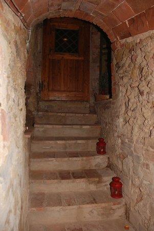 Borgo dei Cadolingi: Wine Cellar