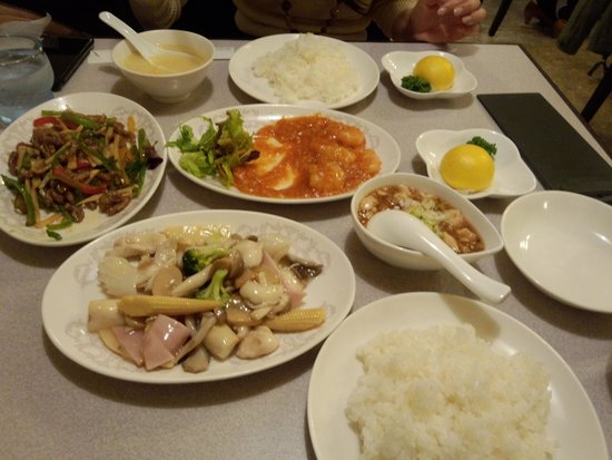 Chainahausukeikaro: 桂花楼 定食