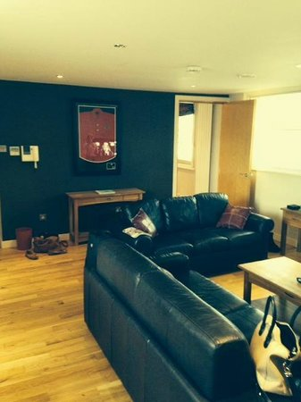 93a Grey Street Apartments: Living room/Sofa bed