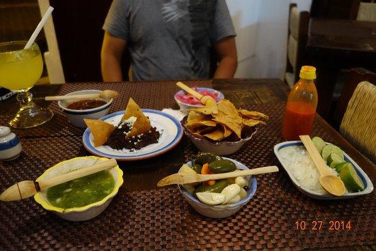 El Pilon de los Arrieros: Lots of spices for your tacos