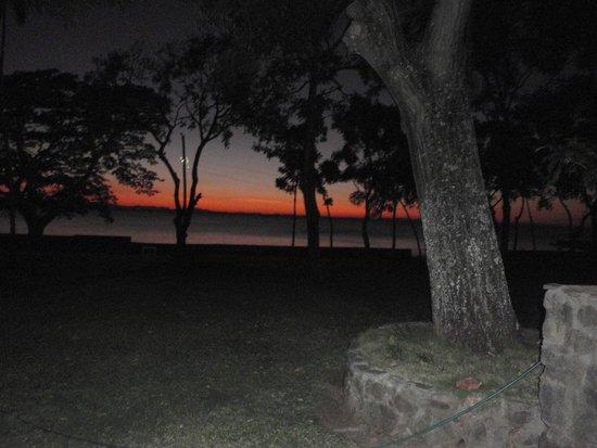 Isla Ometepe: Puesta de Sol en Isla de Ometepe