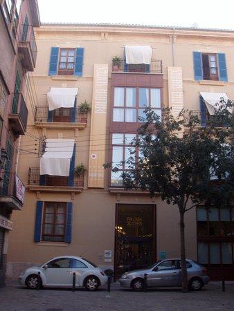 Palma Suites: Hotel front