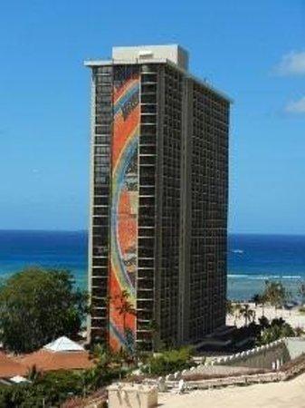 Hilton Hawaiian Village Waikiki Beach Resort Rainbow Tower