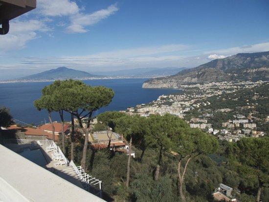 vue de la terrasse - Picture of Hotel Residence Le Terrazze ...