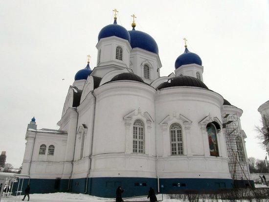 Bogolyubovo, Ρωσία: Вид собора с тыльной стороны