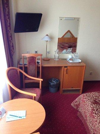 Proton : комната