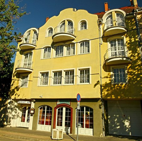 Hotel Wesselenyi