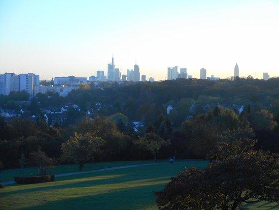 Vista de Frankfurt - Bild von Lohrberg Schanke, Frankfurt am Main ...
