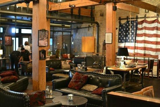 The Iron Horse Hotel : Lobby