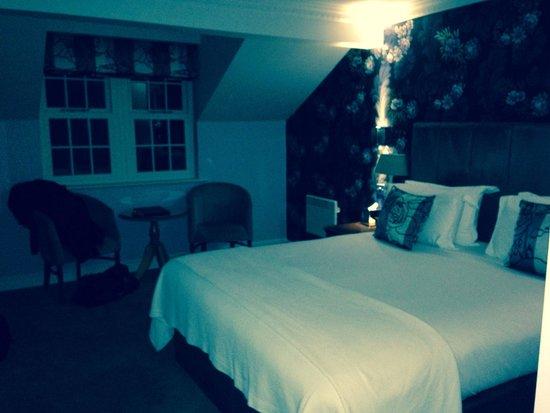 The Swan Inn: Room 302