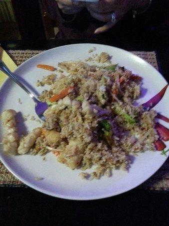 Martin's Thai Bistro: Khao pahd ta leh  새우볶음밥. 한국인 입맛에 좋을듯