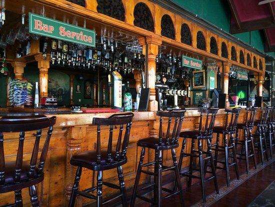Shamrock's Irish Pub: Барная стойка