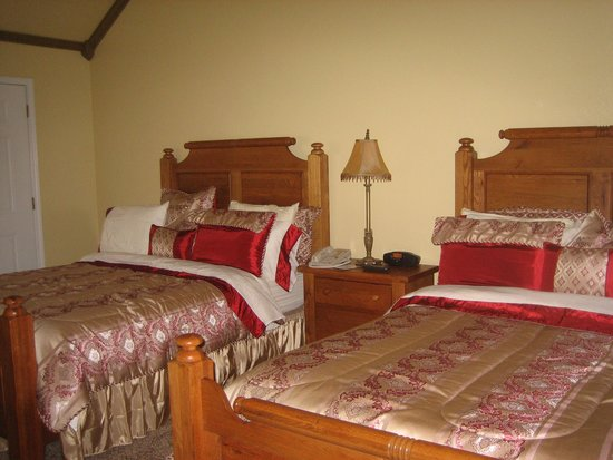 Inn on Barons Creek: Queen Size Suite