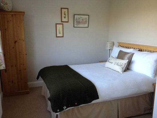 Winchmore House B & B: Orchard View