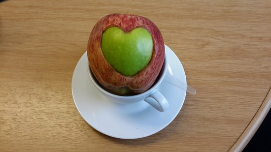 Protea Hotel by Marriott Johannesburg Wanderers: A hearty apple