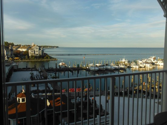Chesapeake Beach Resort and Spa: Room 414 balcony view