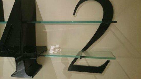 42 The Calls: Frog soap ?