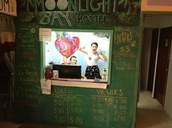 Moonlight Bay Hostel : Most amazing couple ever that were on the staff while I visited, had so much fun with them!
