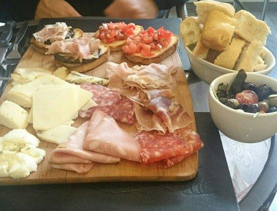 Il Capriccio: sharing platter
