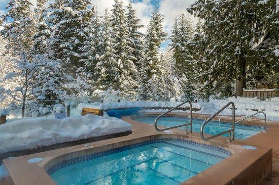 Nita Lake Lodge: Year-round heated plunge pool and lakeside hot tub