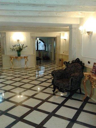 UNA Hotel Venezia: Reception