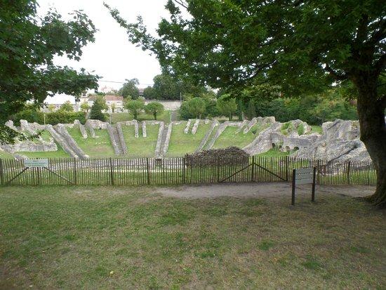 Amphithéâtre de Saintes : photo 1