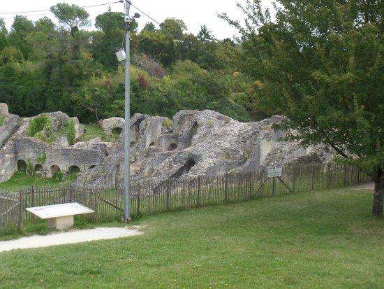 Amphithéâtre de Saintes : photo 2