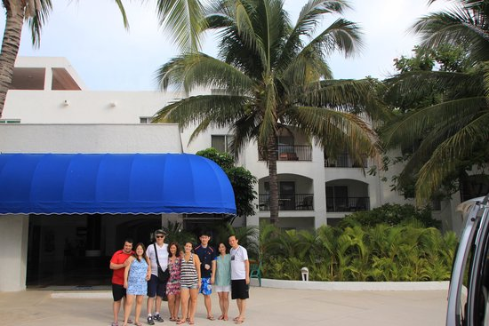 Beachscape Kin Ha Villas & Suites: Hall de entrada do hotel