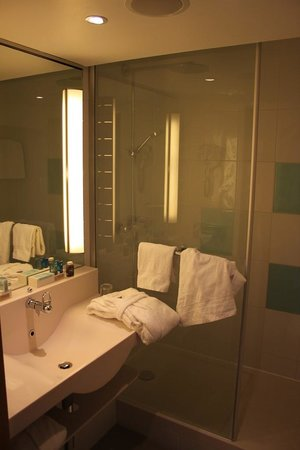 Novotel Wien City : Bathroom