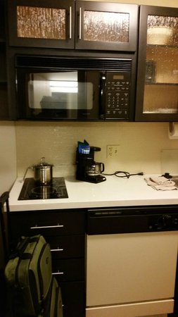 Candlewood Suites - Pittsburgh Airport: room