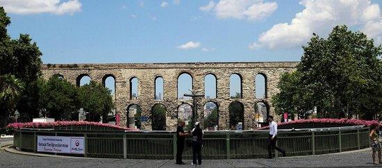 seems amazing - Picture of Valens Aqueduct (Bozdogan ...