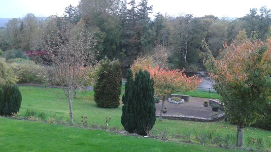 Woodford Dolmen Hotel : The Hotel Grounds