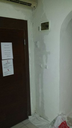 """Sunlight Garden: Water running into electrics and light switch. Was told by reception to""""put towels down"""""""