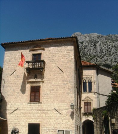 Drago Palace
