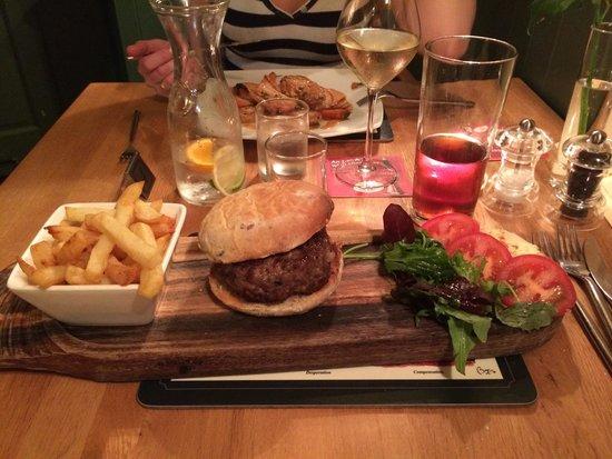 The White Horse Inn: Not just a burger