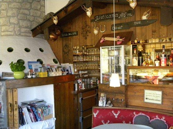Gaestehaus Rusticana: Dining room service area