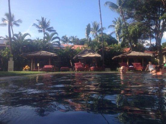 Aina Nalu: The pool and cabanas