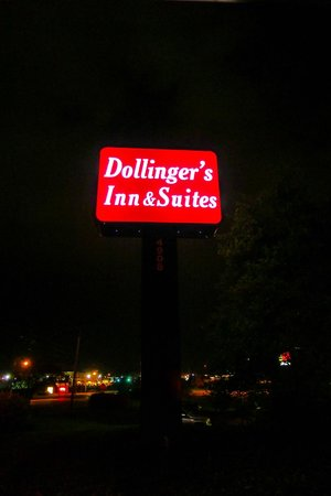 Dollinger's Inn & Suites 이미지