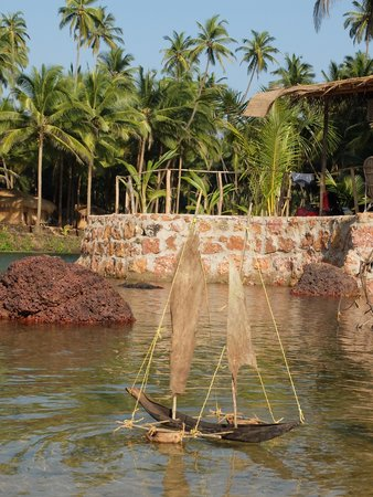Dwarka Eco Beach Resort: Strand