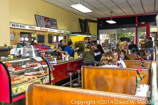 Sims drug old fashioned soda fountain grill picture of for Old fashioned soda fountain near me