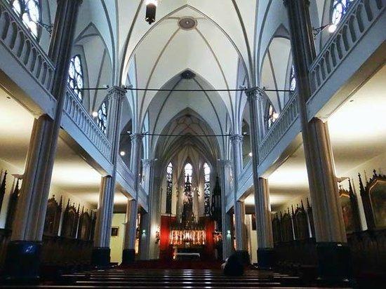 H.H. Petrus en Pauluskerk (De Papegaai)