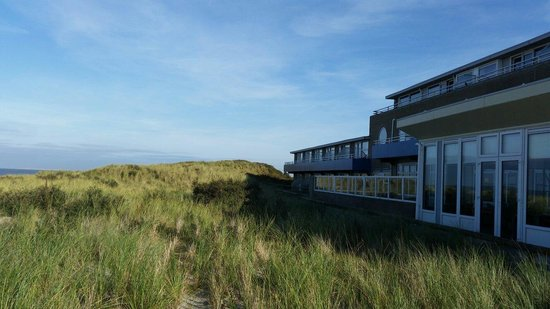 Westcord Strandhotel Seeduyn: Hotel van een kant