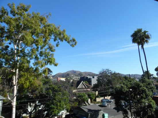 Country Inn & Suites By Carlson, Ventura: View from East side Balcony Suite.