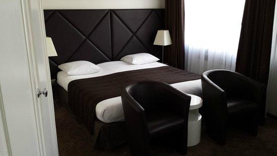 Suisse Hotel: Suite