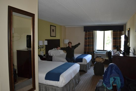 Holiday Inn Express Boston : Habitacion  amplisima