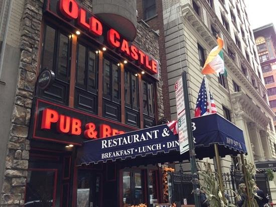 Oldcastle Pub & Restaurant : outside view