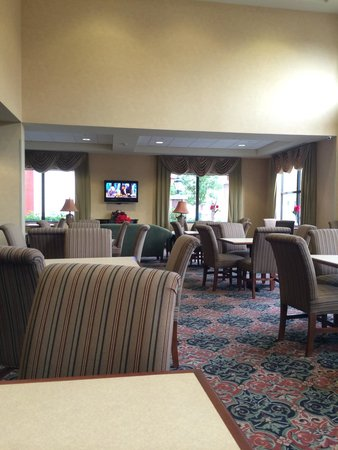 Hampton Inn Schenectady : Breakfast area
