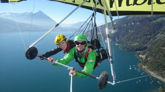Bumblebee Hanggliding Interlaken: Hang gliding in the Alps!